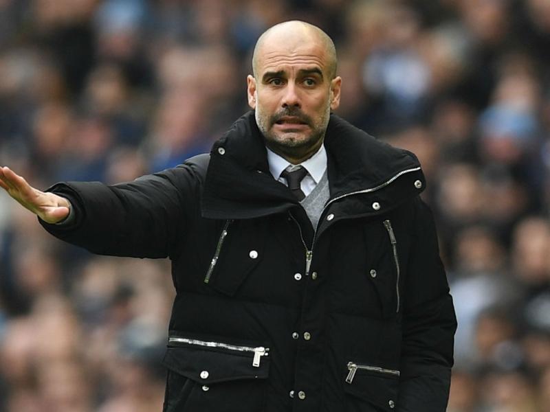 """Manchester City, Guardiola : """"Si une équipe peut remonter c'est Barcelone"""""""