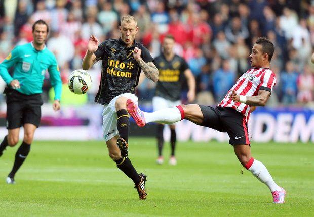Manchester United & Tottenham target Depay on form as PSV demolish NAC