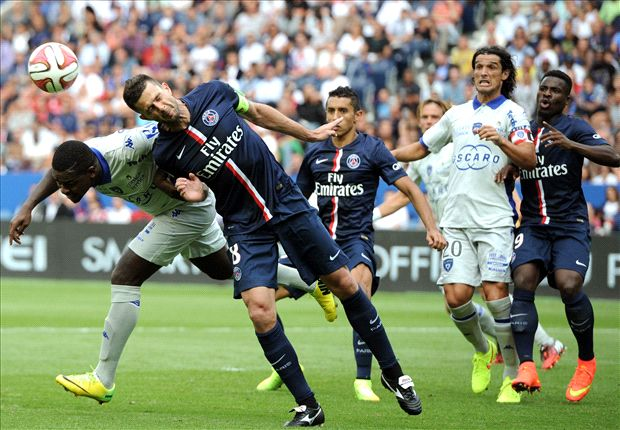 Brandao must be severely punished for Motta headbutt, says PSG president
