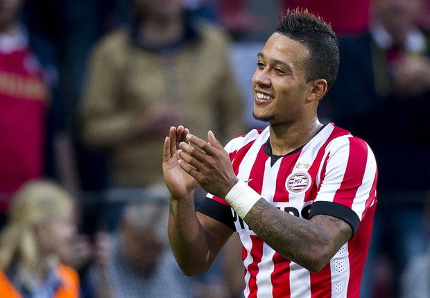 Depay signs PSV extension