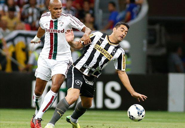 Botafogo 2 x 0 Fluminense: Botafogo vence e deixa a zona de rebaixamento