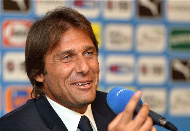 Antonio Conte durante la rueda de prensa