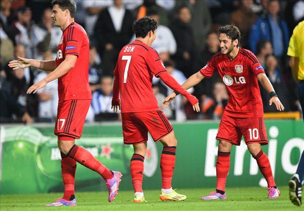 Hakan Calhanoglu, marcando un gol decisivo al Copenhague