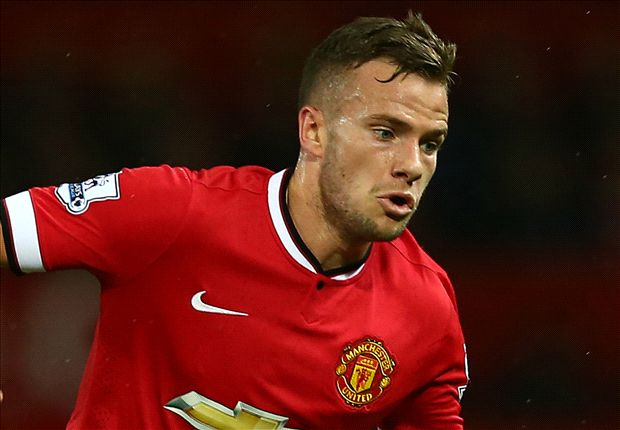 Manchester United to offer Cleverley new contract