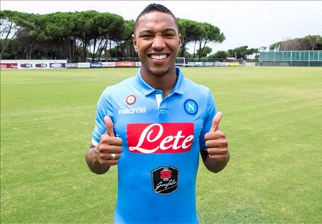 Napoli sign De Guzman