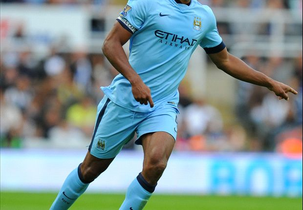 Kompany hails Manchester City contract dealings
