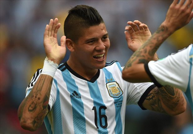 Manchester United defender Rojo granted UK visa
