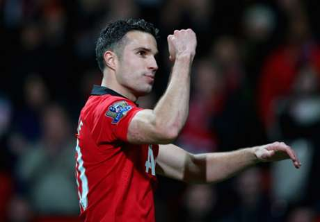 Van Persie denies requiring surgery