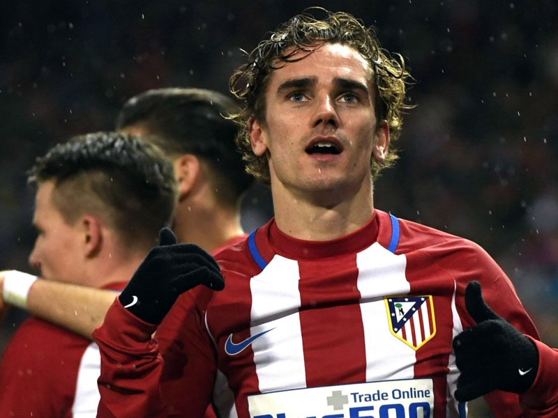 Liverpool legend Gerrard eager to see Griezmann head anywhere other than Man Utd