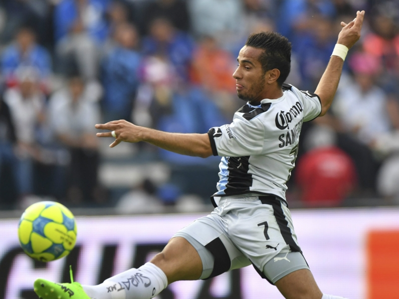 VIDEO: Camilo Sanvezzo scores stunner for Queretaro