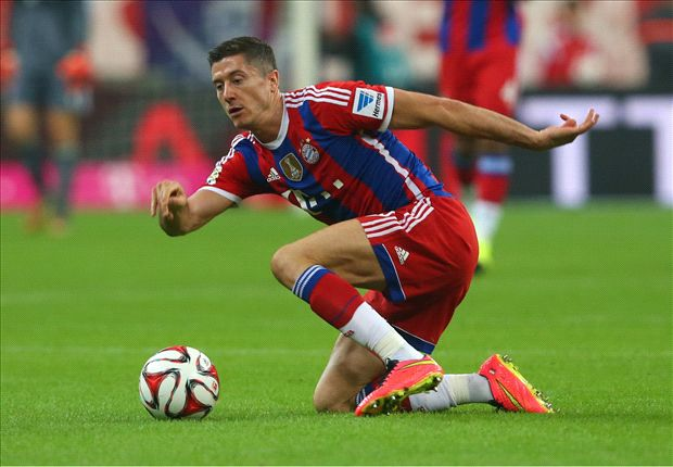 Mandzukic makes his mark as Lewandowski is left in the blocks