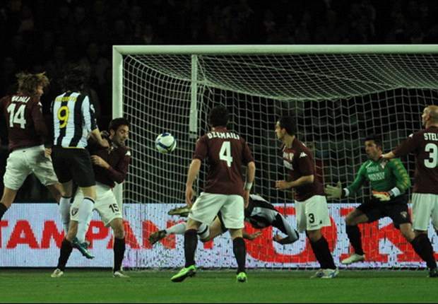 Late Chiellini Goal Wins The Turin Derby For Juventus