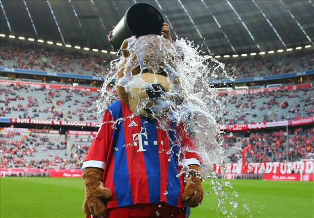 Messi, Ronaldo en Mourinho - De beste ALS Ice Bucket Challenges
