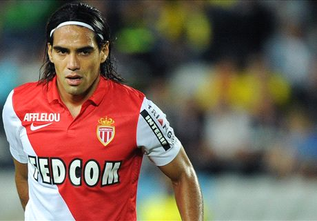 Falcao arrives to complete Man Utd move