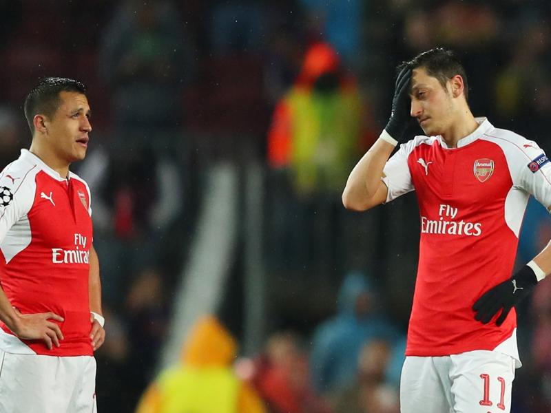 Arsenal perd patience avec Özil et Alexis Sanchez