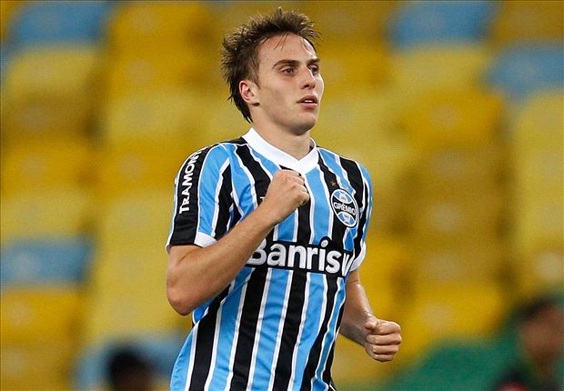 QPR expected to complete deal for Gremio defender Bressan