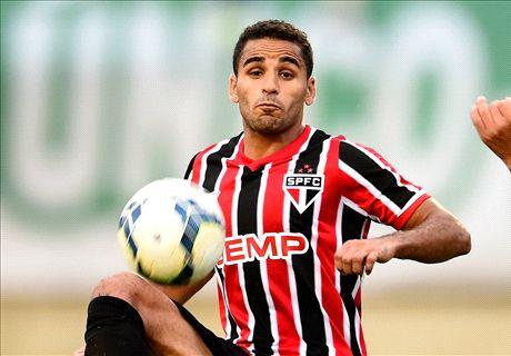 Douglas promete no defraudar al Barça