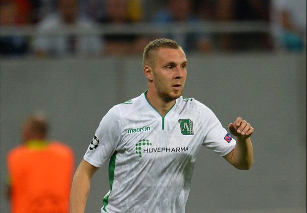 Defender Moti saves two penalties to send Ludogorets into Champions League