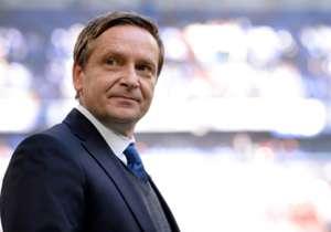 Horst Heldt ist der Macher beim FC Schalke 04. Seit 2010 ist der gebürtige Königswinterer im Revier tätig. Seit 2011 als Sportvorstand. Goal zeigt seine besten Transfers auf. Welche Spieler sind die Glücksgriffe des 45-Jährigen Managers der Gelsenkirch...