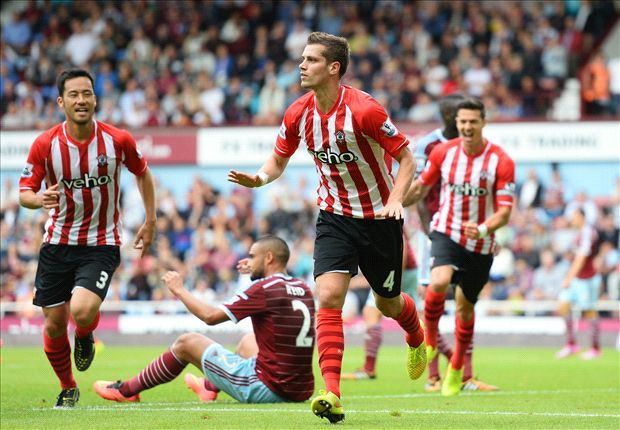 West Ham 1-3 Southampton: Two-goal Schneiderlin leads comeback