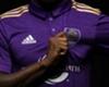 Confira a nova camisa de Kaká