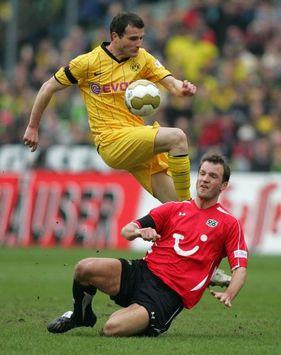 Bundesliga: Hannover 96 - BVB Borussia Dortmund, Arnold Bruggink - Alexander Frei (firo)