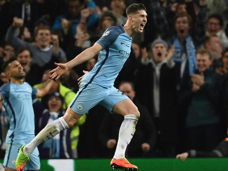 Manchester City, Stones pas perturbé par les critiques