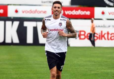 Official: Jose Sosa joins Besiktas