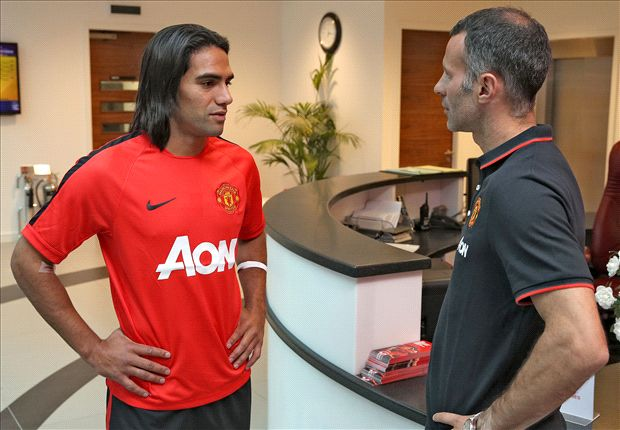 Di Maria & Falcao arrivals will boost confidence - Giggs