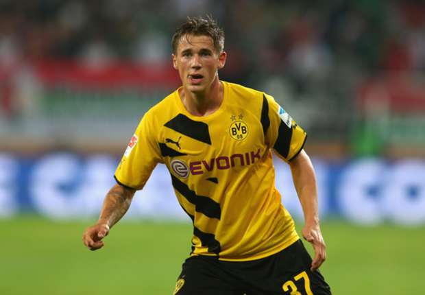 Durm extends Dortmund contract
