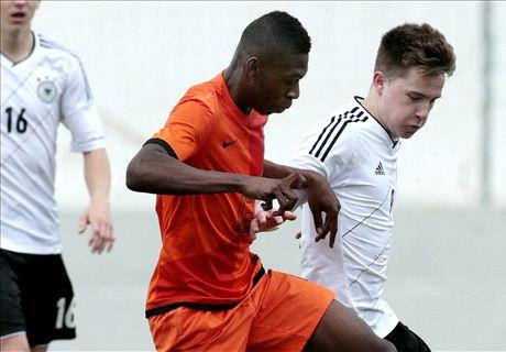 Man Utd agree deal for Fosu-Mensah