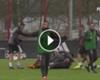 ¡Se enojó Vidal! Kimmich marcó un gol en la práctica del Bayern y así reaccionó ►