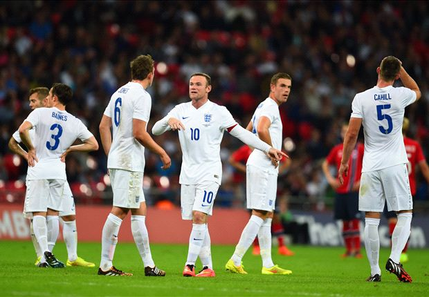Redknapp slams England: Half the players don't give a toss