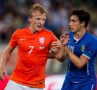 Kuyt quits Netherlands