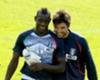 Balotelli: Buffon Bisa Perkuat Italia Dua Euro Berikutnya