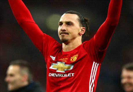 Ibrahimovic wins the EFL Cup for United