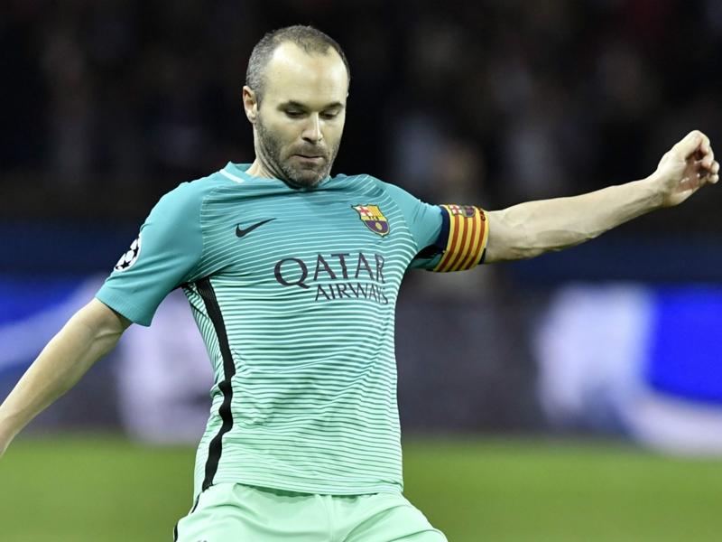 Barcelone, Iniesta met la pression sur le Real Madrid
