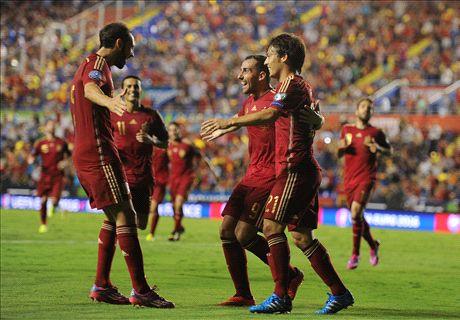 Elimiantorias Euro: España 5-1 Macedonia