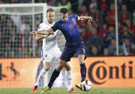 CATATAN: Kekalahan Belanda, Kesalahan Guus Hiddink
