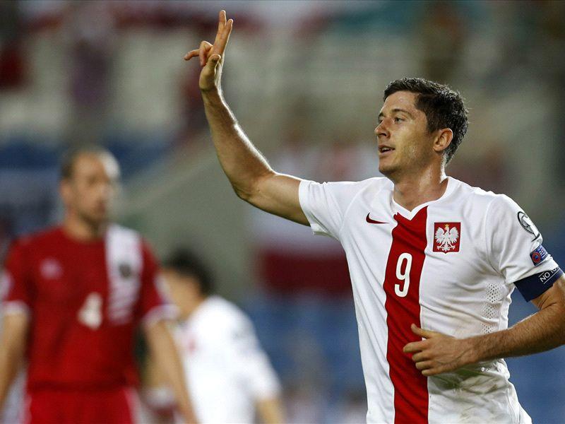 Poland will not park the bus against Germany - Lewandowski