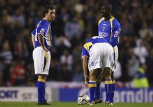 Fowler mencetak hattrick di laga keenam bersama Leeds.