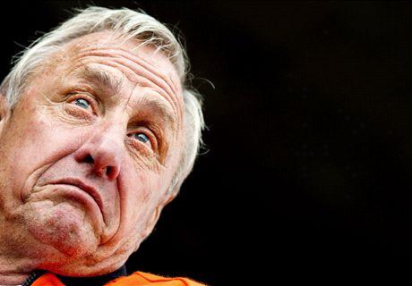 Cruyff criticises Van Gaal and Mourinho