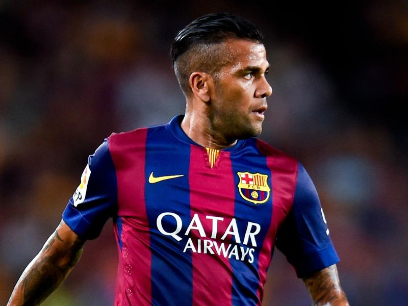 Dani Alves è stanco del Barcellona: Un errore rinnovare nel 2011
