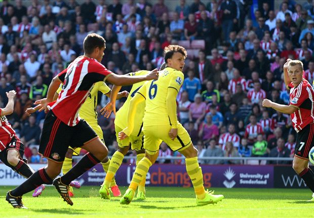 Sunderland 2-2 Tottenham: Kane own goal gifts Black Cats late point