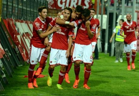 Perugia-Modena 2-0: Camplone è salvo