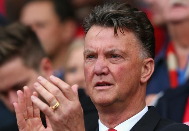 Louis Van Gaal Perintahkan Skuat Manchester United Berbahasa Inggris