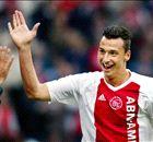 Avant Ajax-PSG, photos de Zlatan avec le maillot de l'Ajax