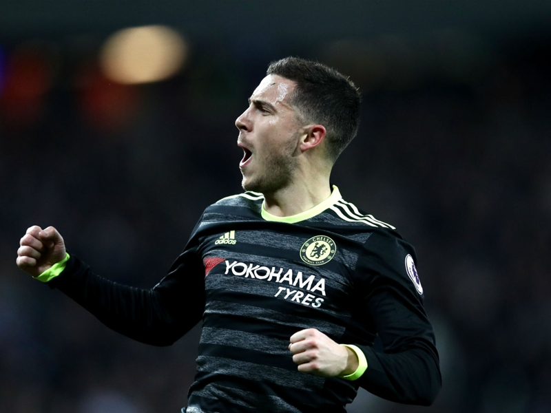 'I am no artist like Messi' - Chelsea's Hazard distances himself from comparisons to Barcelona icon