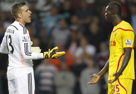 Balotelli: primer incidente en Liverpool