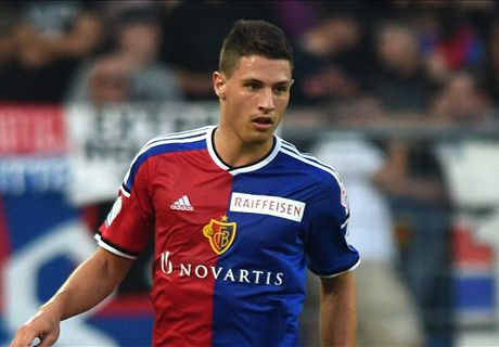 Transfer Talk: Arsenal & Spurs want Schar
